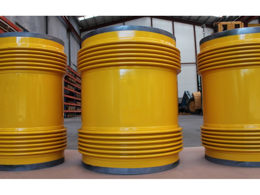 Universal Unrestrained Expansion Joints